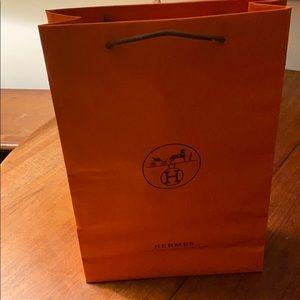 Hermès gift bag .
